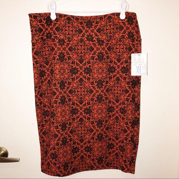 Two Lularoe Cassie Skirts 2xl Black Shoes Orange Euc Women's Clothing